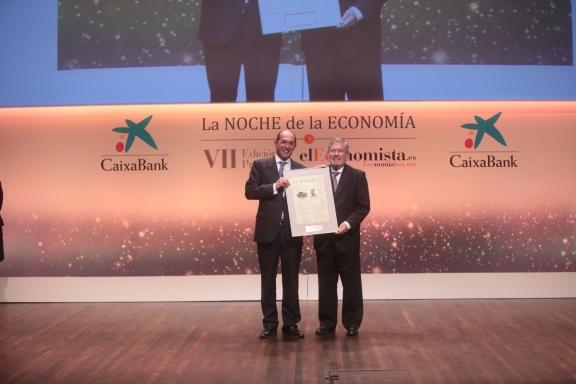 José Luis González-Besada, director de comunicación de El Corte Inglés, y Carlos de Jaureguizar presidente de honor de Heineken España.
