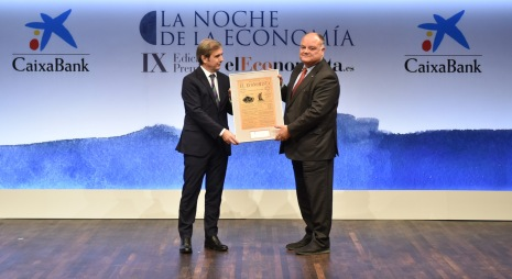 M. Fernández, dir Gas y Energía de Naturgy y S. Loughney, Director de Reputación Corporativa y Comunicación de Abertis