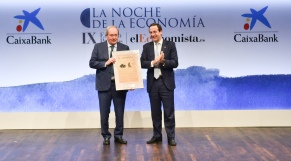 Juan Luis Arregui, presidente de honor de Ence y Gonzalo Gortazar, CEO de CaixaBank