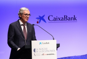 Javier Pano, director ejecutivo de Finanzas, puso el cierre a la velada con su intervención